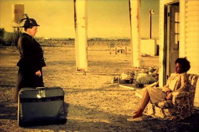 Bagdad Cafè, in a desert road from Vegas to nowhere, alla Ricerca della Felicità in scena a Castiglion Fiorentino