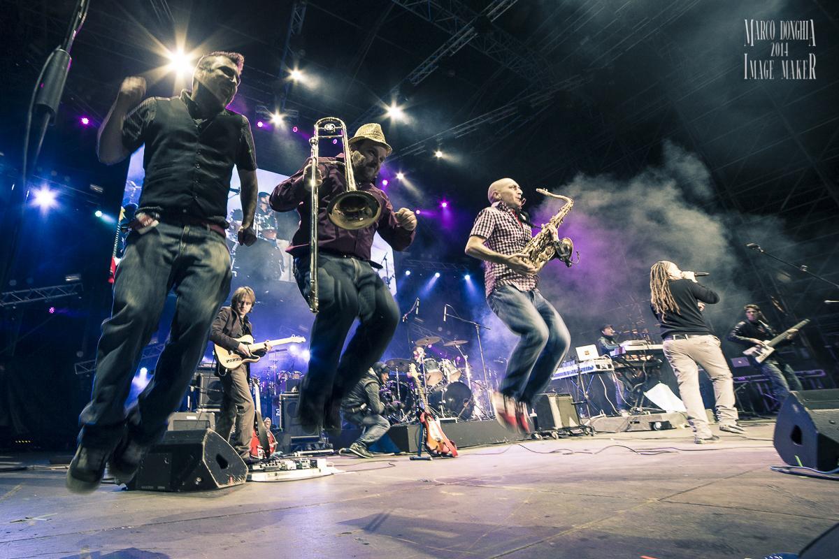 Per il concerto di Capodanno al Circo Massimo la buona musica italiana fotografata da Marco Donghia.