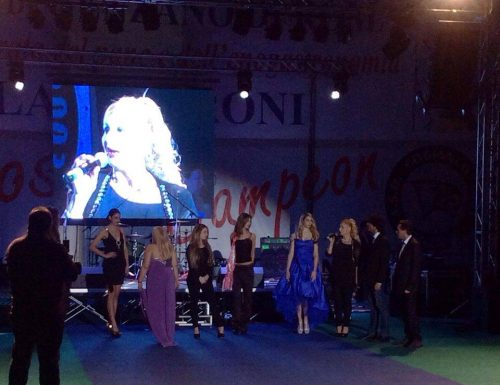 """Stars for peace in the world"": al Palacesaroni di Genzano  partita del cuore, moda, gara cinofila  e un concerto in beneficenza."