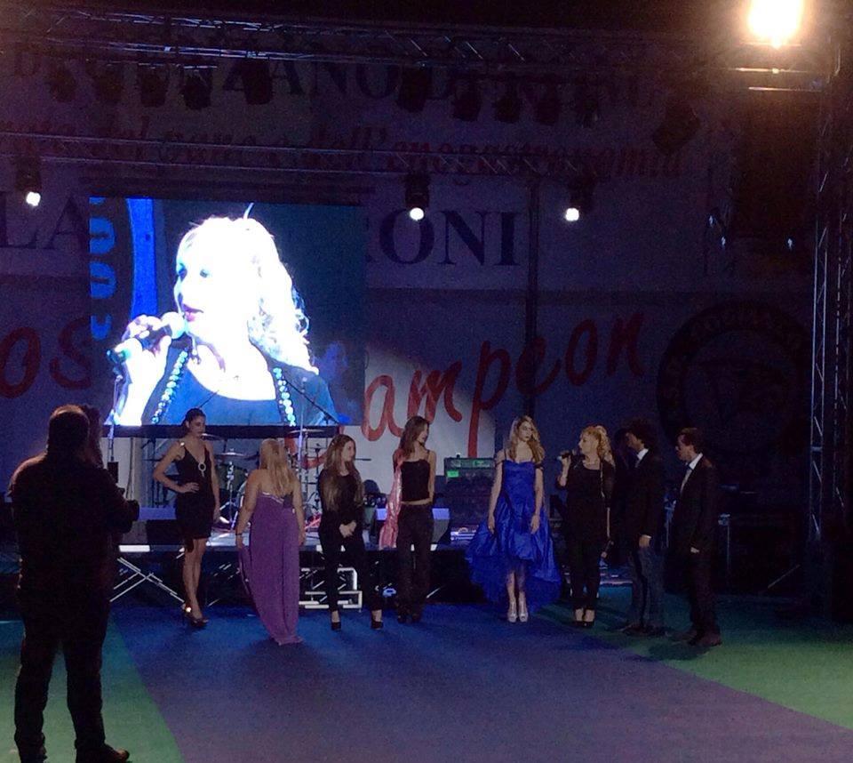 """""""Stars for peace in the world"""": al Palacesaroni di Genzano  partita del cuore, moda, gara cinofila  e un concerto in beneficenza."""