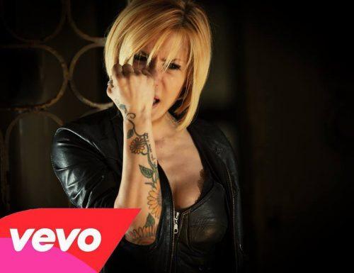 """In esclusiva VEVO il video """"Nuova identità"""" di Linda d"""