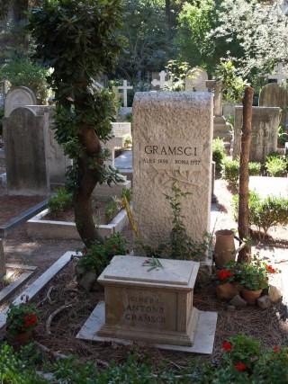 Antonio_Gramsci_Grave_in_Rome